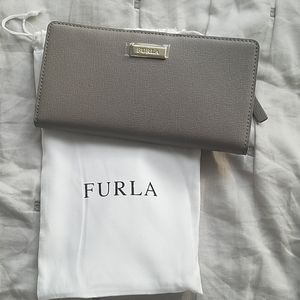 NWT Furla leather wallet with dust bag